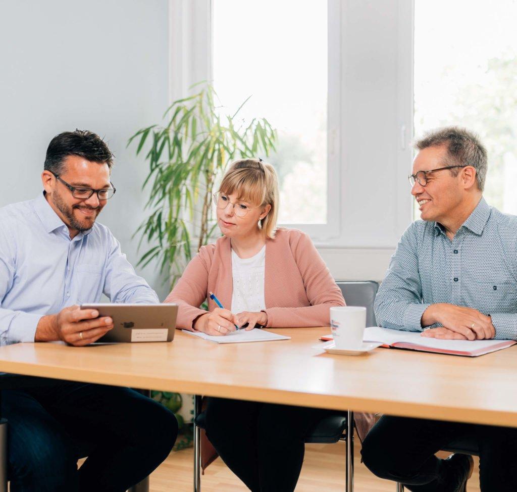 Seit mehr als 20 Jahren steht Media!House direct für erfolgreiche Beratung in der Neukundengewinnung und Leadgenerierung über alle Direct-Marketing-Kanäle.